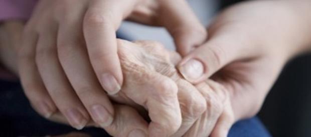 Mâinile româncelor, mereu neobosite