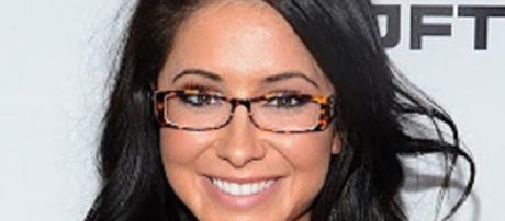 Youtube source. Bristol Palin gives birth this time she's married