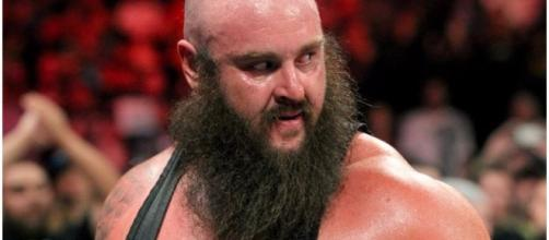 Braun Strowman will be out of action for several weeks due to an injury. [Image via Blasting News image library/inquisitr.com]
