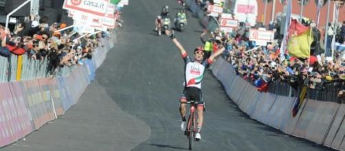 Jan Polanc vince la tappa numero quattro con una fantastica azione in solitaria