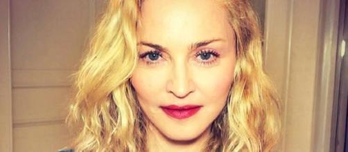 Madonna parece cada vez mais nova