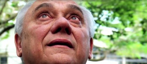 Marcelo Rezende é internado às pressas em São Paulo com fortes dores na barriga. Amigo Geraldo Luís o socorreu.