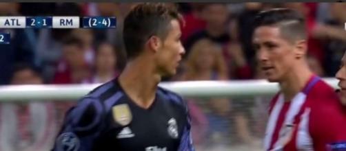 Ronaldo et Torres, le clash dans un match enflammé
