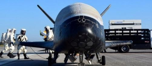 Top-secret military space plane brought in to land after 700 days ... - mirror.co.uk