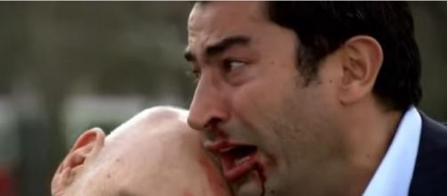 Últimos capítulos de Ezel terá matança entre os personagens (Foto: Reprodução/Show TV)