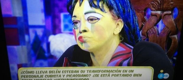 Belén Esteban en Salvame caracterizada del famoso retrato de Dora Maar de Pablo Picasso