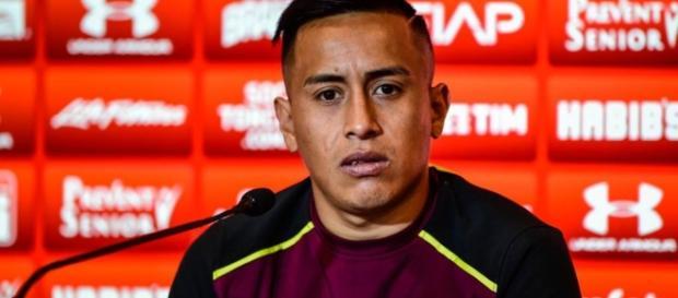 Cueva tem contrato até 2022 com o São Paulo