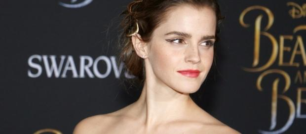 Emma Watson Dazzling the Red Carpet (via 104.5 Magic - mymagic1045.com) - source from BN Library