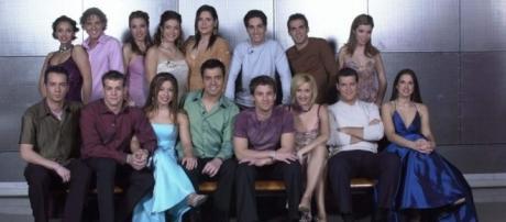 Concursantes de la primera edición del programa musical en 2001.