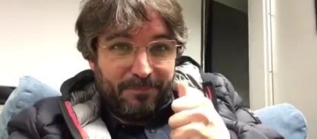 LA SEXTA TV   Jordi Évole acepta el reto de estar 15 días sin ... - lasexta.com