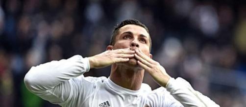 El Real Madrid espera oferta millonaria por Cristiano Ronaldo