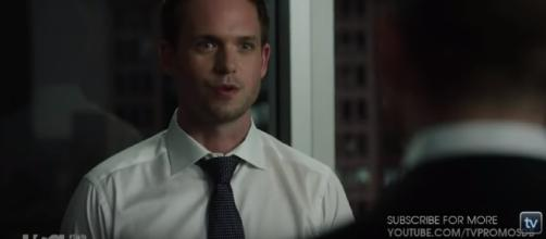 Mike and Harvey are back together in 'Suits' [Image via YT Screenshot]