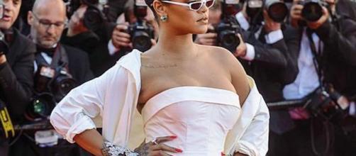 Rihanna criticata per qualche chilo di troppo - corriere.it