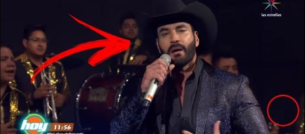 David Zepeda passa vergonha em programa da Televisa