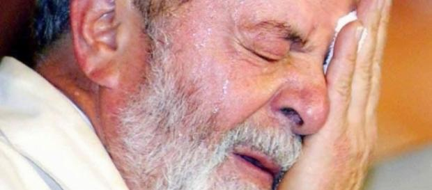 Lula recebe constantemente mensagens de ódio