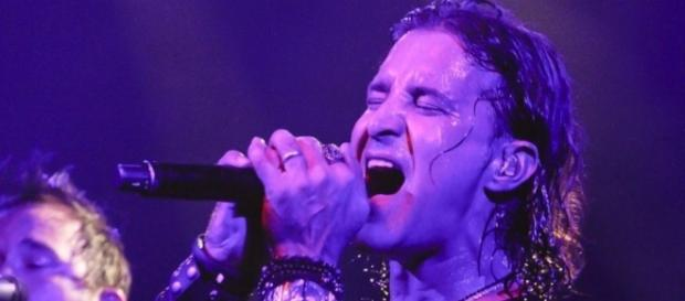 Scott Stapp will keep pouring on the power and passion all summer as he headlines the Make America Rock Again Tour 2017. ... - go.com