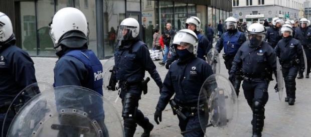 Secondo Amnesty leggi orwelliane smantellano le libertà personali in nome dell' anti terrorismo
