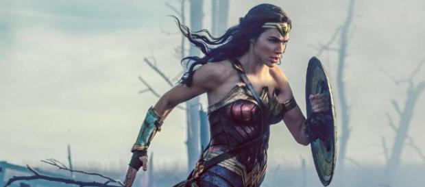 Wonder Woman' is a DC comics superhero movie that holds its weight ... - bostonglobe.com