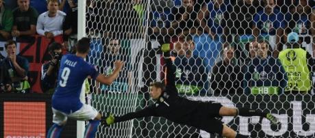 L'errore dal dischetto di Graziano Pellè contro Neuer agli Europei del 2016