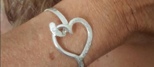 Il bracciale regalato da Marco Firpo a Gemma Galgani