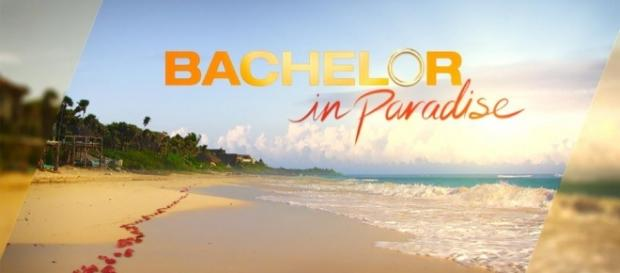 Bachelor In Paradise' Season 3 Spoilers: Who Hooks Up, Who Breaks (Youtube screengrab)