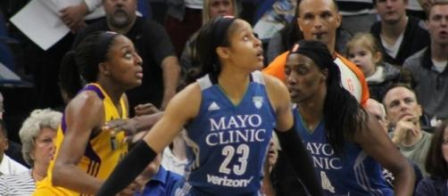 Maya Moore and the Minnesota Lynx try for a perfect 9-0 start with a win Sunday. [Image via Wikimedia Commons]