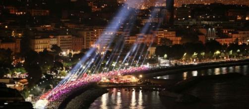 Napoli Pizza Village 2017: orari, programma, concerti, menu classico, info metropolitana e mezzi pubblici ... - scattidigusto.it