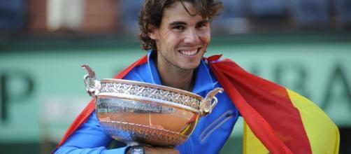 Rafa Nadal, con la bandera española, vuelve a conquistar París