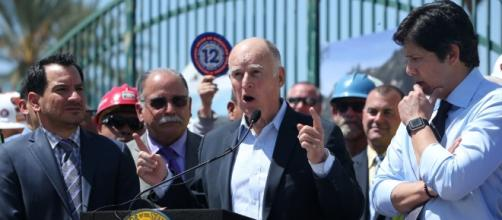 Republicans have a plan to overturn California's higher gas tax ... - pe.com