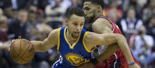 Stephen Curry and the Warriors will try to get past the Cavs for a championship win on Monday. [Image via Flickr/Keith Allison]