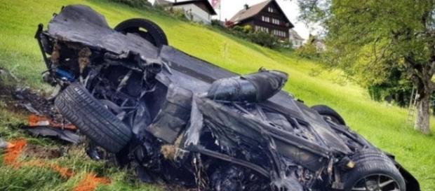 Apresentador de TV sofre acidente de carro - Google