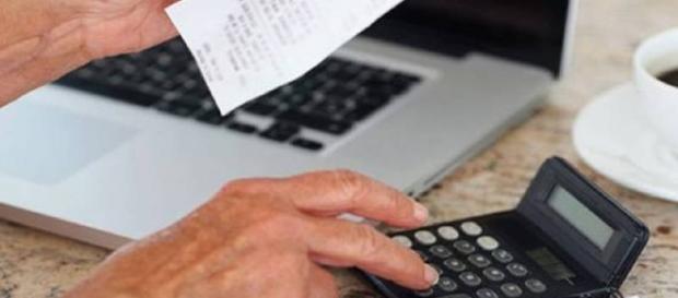Calcule o orçamento e acabe de vez com as dívidas