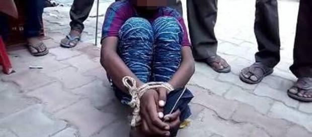 Criança é vítima de violência após acusação de roubo ( Foto: Reprodução)