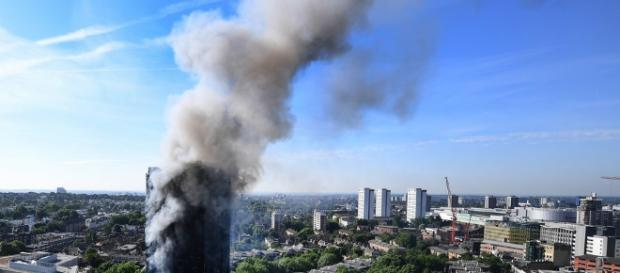 Fire at West London's Grenfell Tower - image Blasting News library