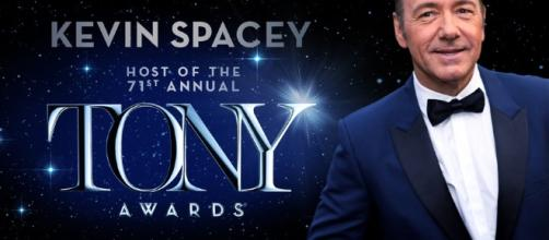 Kevin Spacey brought his own style and several wardrobe changes to the 2017 Tony Awards.---americantheatrewing.org