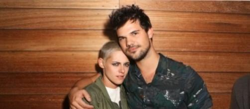 Kristen Stewart and Taylor Lautner were seen partying together in L.A. Photo by News 247/YouTube Screenshot.