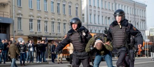 Russie : des centaines de manifestants anticorruption interpellés - rtl.fr
