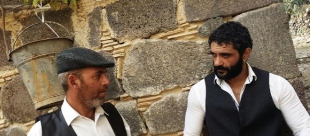 Alfio e Turiddu durante la rappresentazione teatrale.