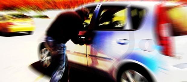 """Número de carros roubados por """"carjacking"""" continua a aumentar em Portugal"""