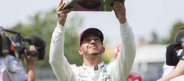 Lewis Hamilton equalled the pole position tally of his hero Ayrton Senna on Saturday afternoon (Source: theintelligencer.com)