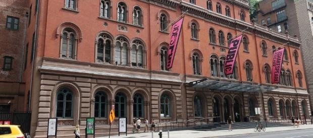 Public Theater New York - Image via Wikipedia by Alex Lozupone CC BY-SA 4.0