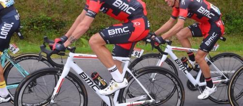 Damiano Caruso (BMC) leader provvisorio