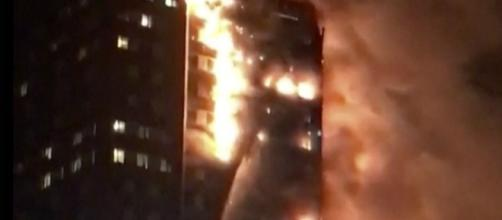 Grenfell Tower Fire: People Jump From London Apartment Building ... - inquisitr.com