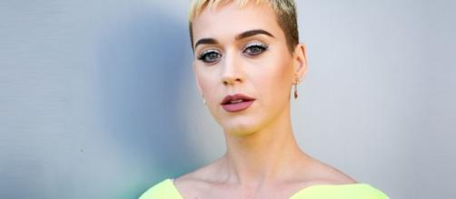Katy Perry shares about her addiction to alcoholism. Photo - bytecenter.com
