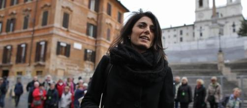 La Sindaca di Roma, Virginia Raggi, scrive a Prefetto e ministero dell'Interno per chiedere una moratoria sull'immigrazione nella capitale