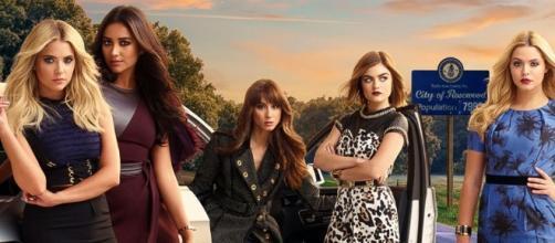 Le cinque protagoniste di Pretty Little Liars