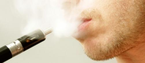 Le sigarette elettroniche, sono davvero meno nocive?