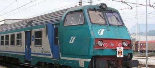 scontro tra treni, sono 10 i feriti