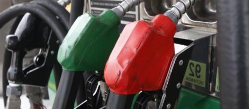 Sin cambio precio de gasolina Magna hoy; Premium y diésel suben un ... - entresemana.mx