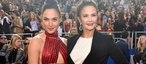 Wonder Woman' Premiere: Gal Gadot and Lynda Carter on the Red Carpet (Image BN library)
